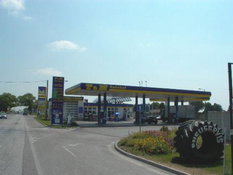 Autohof Nové Zámky